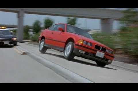 Gerçek Araba Videoları - Kazalar, İncelemeler, Test Sürüşleri
