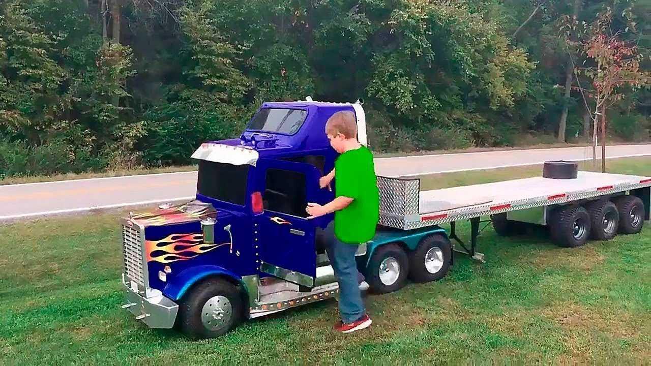 Çocuklar için En Havalı Akülü Arabalar